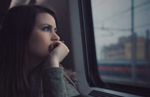 4 Ways to Change Your Thoughts and Relieve Depression
